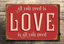 Love Sign Wall Hanging