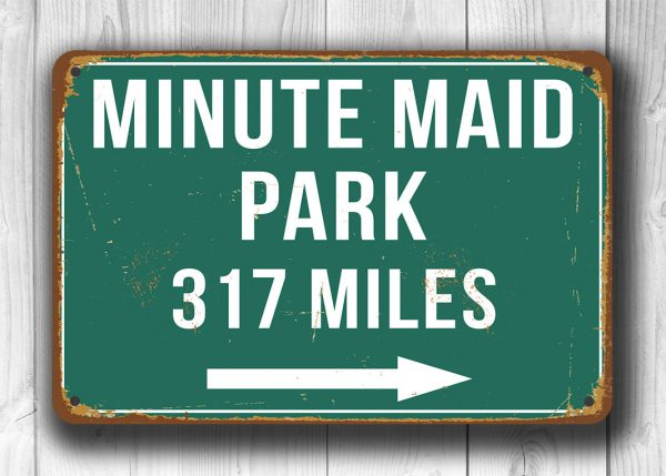Minute-Maid-Park-Distance-Sign-1