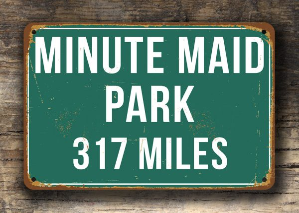 Minute-Maid-Park-Distance-Sign-2