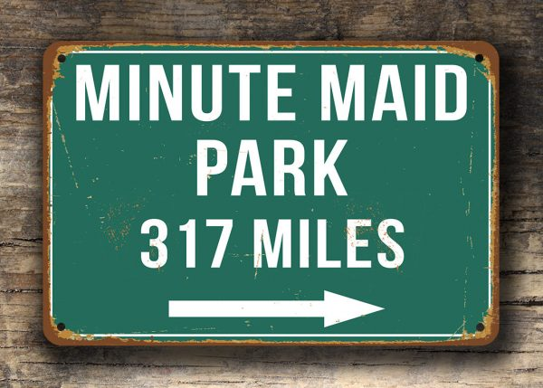 Minute-Maid-Park-Distance-Sign-3
