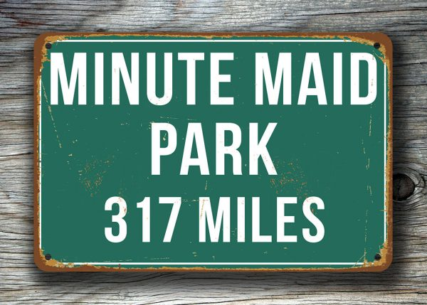 Minute-Maid-Park-Distance-Sign-4
