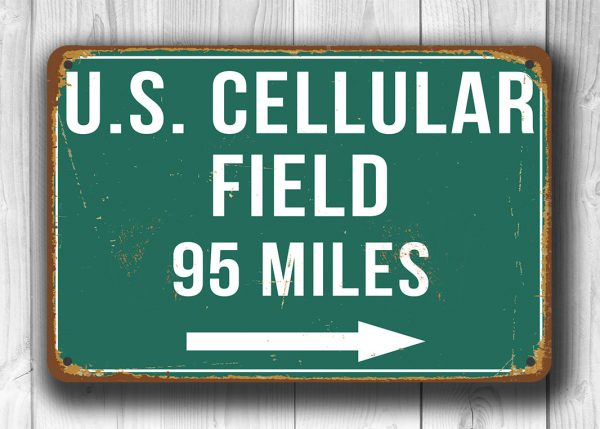 US-Cellular-Field-Distance-Sign-2