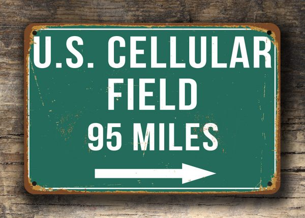 US-Cellular-Field-Distance-Sign-3