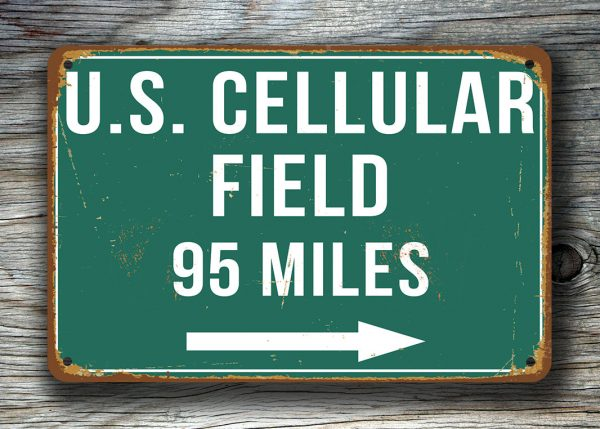 US-Cellular-Field-Distance-Sign-4