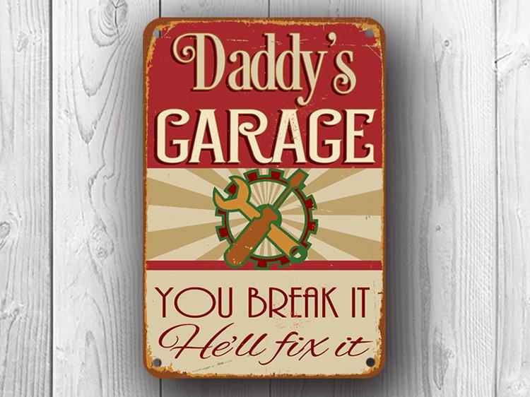 Daddy's Garage Sign
